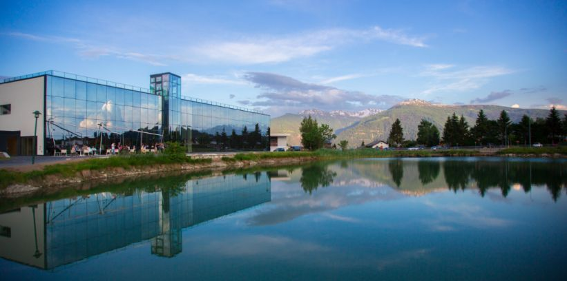 lac-louche-lens-fondation-pierre-arnau